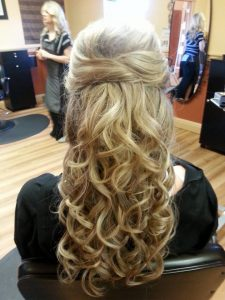 Long, curly braided ombre is the art of foiling hair!